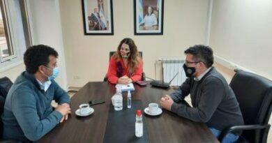 Autoridades provinciales mantuvieron una mesa de trabajo con el municipio de Puerto Deseado